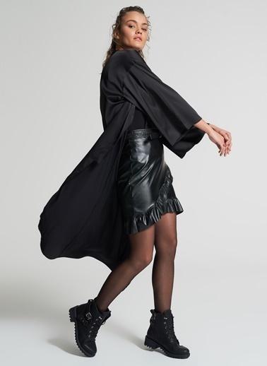 Pi π Bağlamalı Kimono Siyah